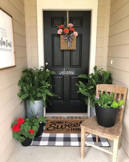 Lovely Summer Decorating Ideas For Front Porch 27