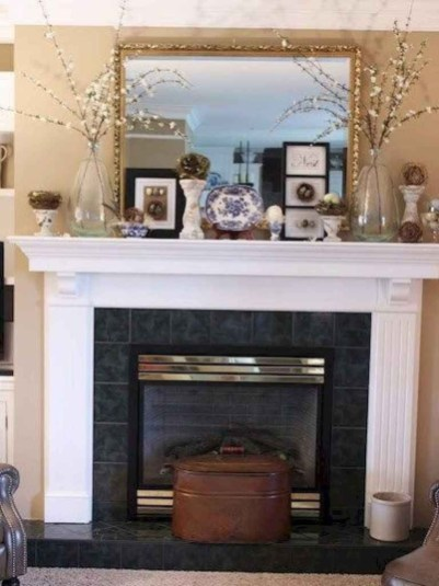 Unique Summer Mantel Decorating Ideas To Try 16