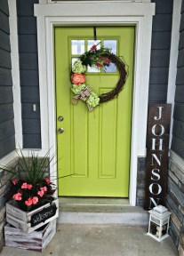 Adorable Green Porch Design Ideas For You 04