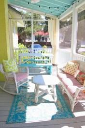 Adorable Green Porch Design Ideas For You 10
