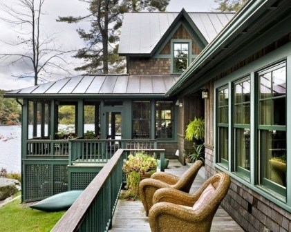 Adorable Green Porch Design Ideas For You 15