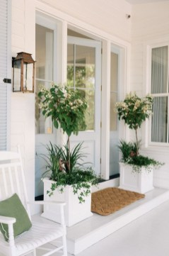 Adorable Green Porch Design Ideas For You 28