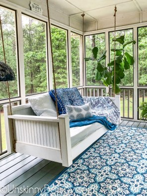 Adorable Green Porch Design Ideas For You 37