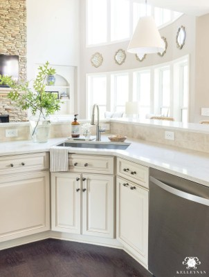 Affordable Traditional Kitchen Ideas To Try Right Now 08