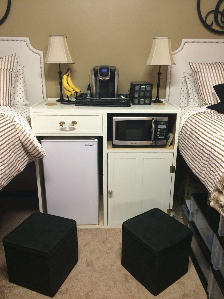 Beautiful Dorm Room Organization Ideas To Try Asap 16