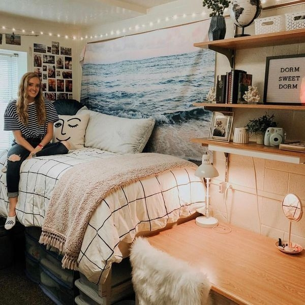Beautiful Dorm Room Organization Ideas To Try Asap 40
