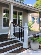 Best Colorful Porch Design Ideas That Looks Cool 22