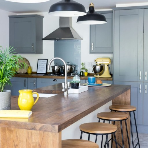 Best Yellow Accent Kitchens Ideas For You 35