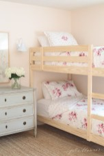 Creative Twin Beds Decoration Ideas For Your Twin Girls 17
