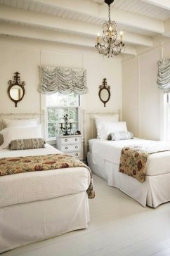 Creative Twin Beds Decoration Ideas For Your Twin Girls 44