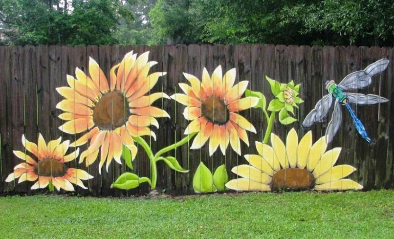 Hottest Fence Design Ideas That You Can Try 42