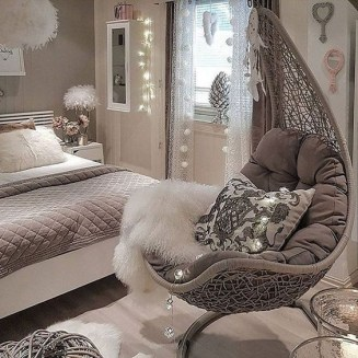 Lovely Bedroom Decoration Ideas That Inspire You 36