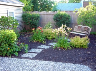 Newest Green Grass Design Ideas For Front Yard Garden 23