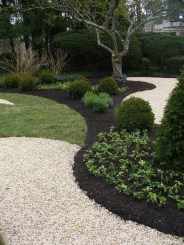 Newest Green Grass Design Ideas For Front Yard Garden 25
