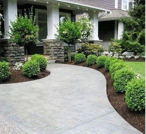 Pretty Front Yard Landscaping Design Ideas For You 10