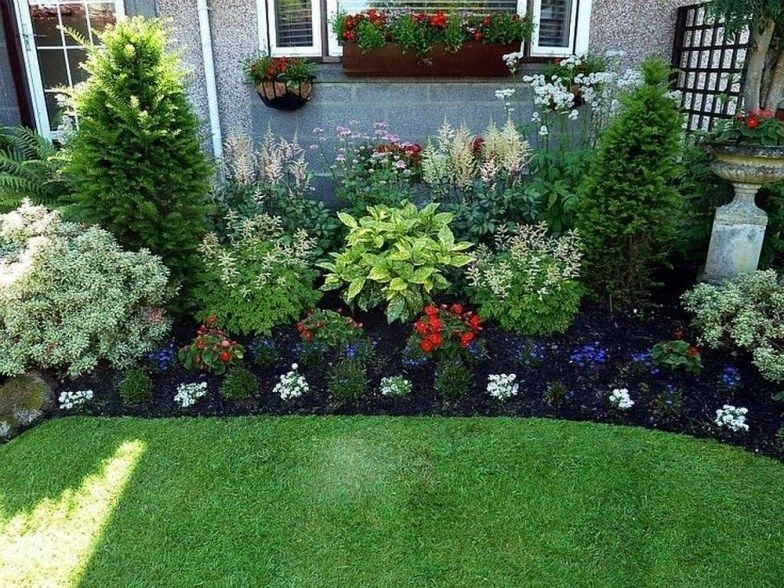 Pretty Front Yard Landscaping Design Ideas For You 32