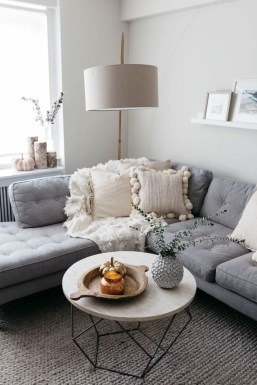 Admiring Living Room Design Ideas To Enjoy The Fall 33