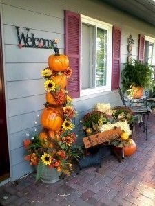 Adorable Fall Diy Decorating Ideas For Patio To Try 04