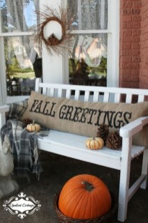 Adorable Fall Diy Decorating Ideas For Patio To Try 05