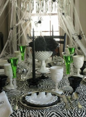 Best Halloween Party Décor Ideas For Dining Table 08
