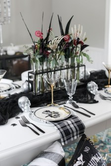 Best Halloween Party Décor Ideas For Dining Table 11