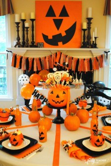 Best Halloween Party Décor Ideas For Dining Table 14