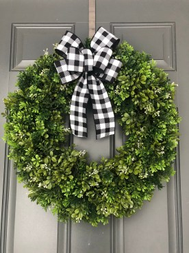 Captivating Diy Front Door Design Ideas For Special Christmas To Try 09
