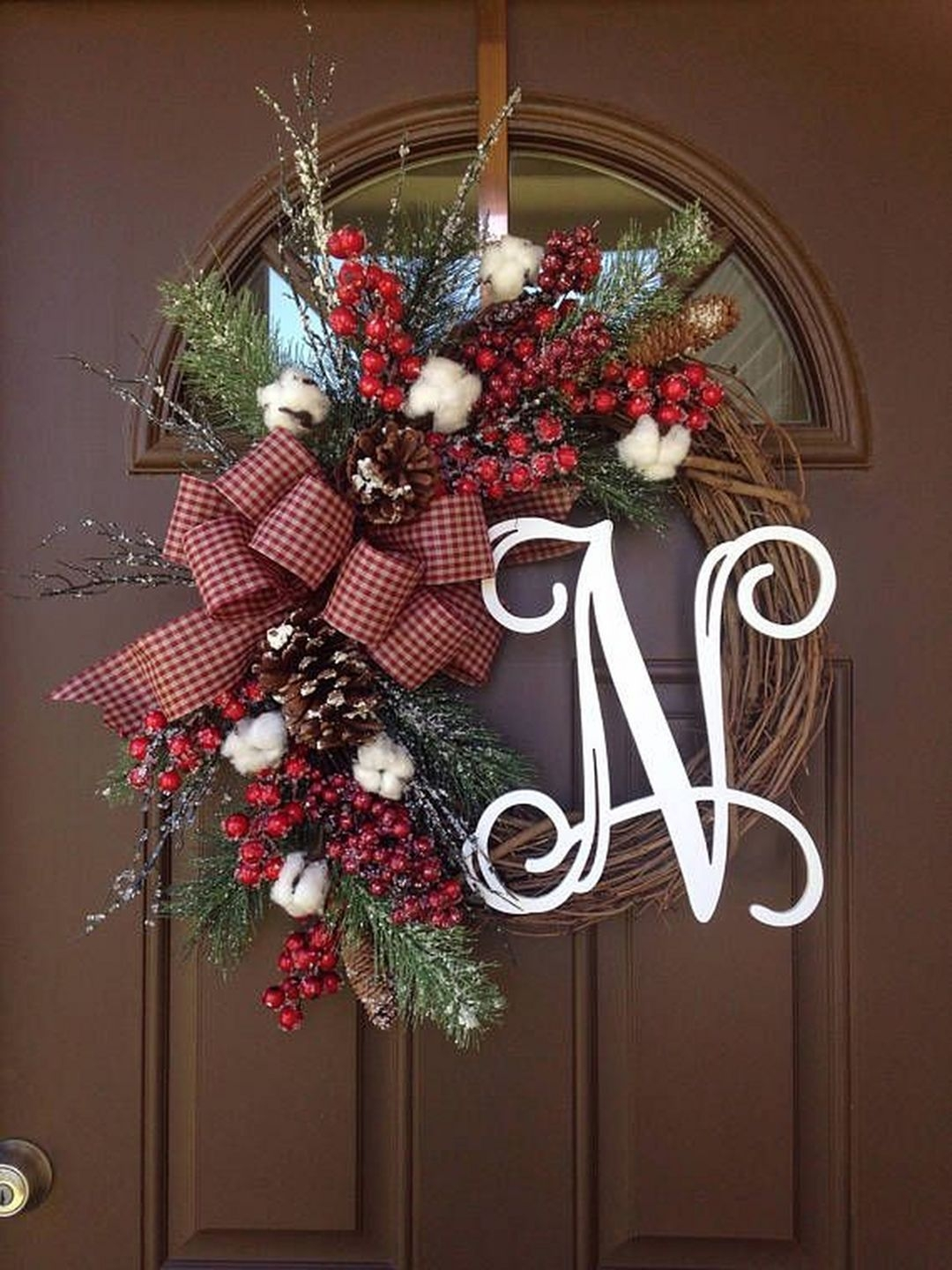 Captivating Diy Front Door Design Ideas For Special Christmas To Try 13