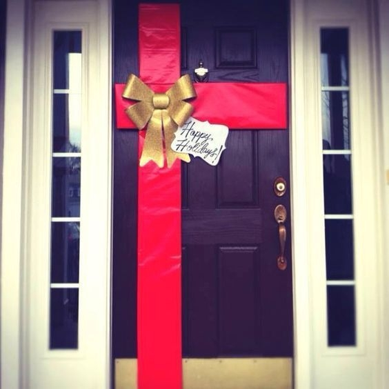 Captivating Diy Front Door Design Ideas For Special Christmas To Try 27