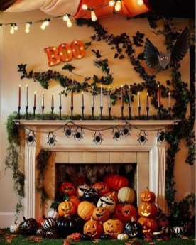 Chic Halloween Home Décor Ideas To Your Inspire You 17