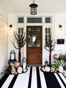 Chic Halloween Home Décor Ideas To Your Inspire You 40