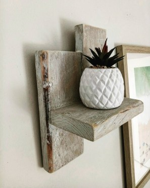Cute Home Decor Ideas With Wooden Pallet That Looks Amazing 24