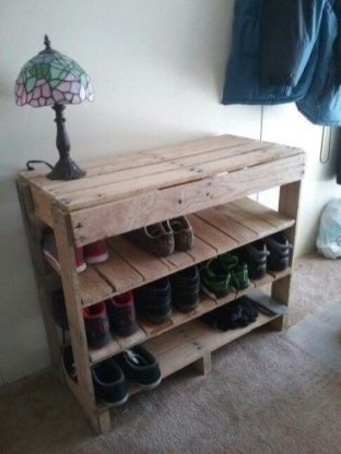 Cute Home Decor Ideas With Wooden Pallet That Looks Amazing 35