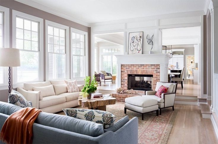 Delicate Living Room Design Ideas With Fireplace To Keep You Warm This Winter 38