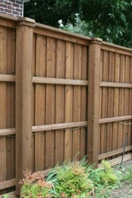 Extraordinary Front Yard Fence Design Ideas With Wood Material For Small House 04