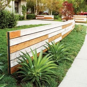 Extraordinary Front Yard Fence Design Ideas With Wood Material For Small House 15