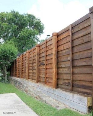 Extraordinary Front Yard Fence Design Ideas With Wood Material For Small House 30