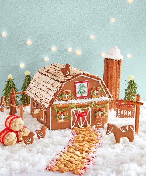 Fantastic Diy Gingerbread House Ideas For Your Décor To Try Asap 02