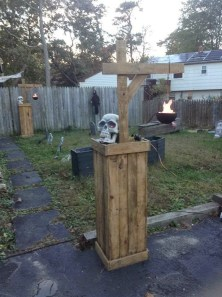 Favored Halloween Diy Pallet Outdoor Decor Ideas To Inspire You 02