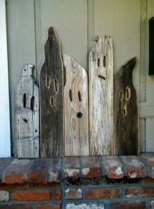 Favored Halloween Diy Pallet Outdoor Decor Ideas To Inspire You 04