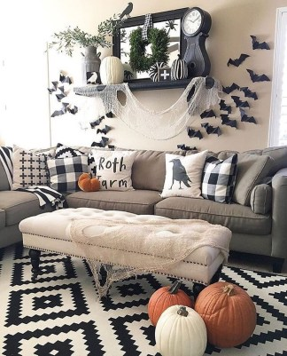 Relaxing Diy Halloween Living Room Decoration Ideas To Try 26