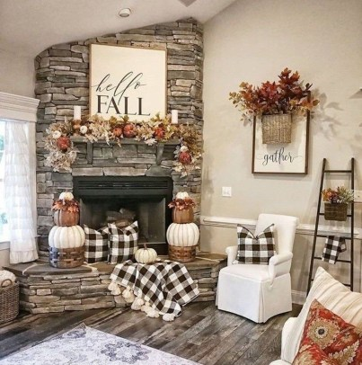 Relaxing Diy Halloween Living Room Decoration Ideas To Try 30