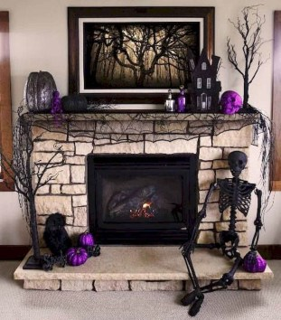 Relaxing Diy Halloween Living Room Decoration Ideas To Try 37