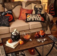 Relaxing Diy Halloween Living Room Decoration Ideas To Try 46