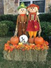 Relaxing Fall Decorating Ideas For Yard Fence 37
