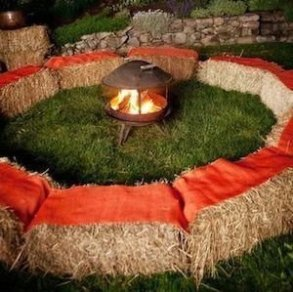 Rustic Halloween Party Decoration Ideas To Try Now 05