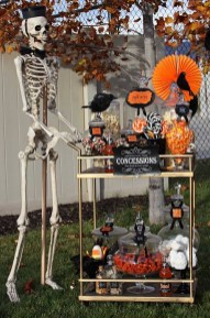 Rustic Halloween Party Decoration Ideas To Try Now 29
