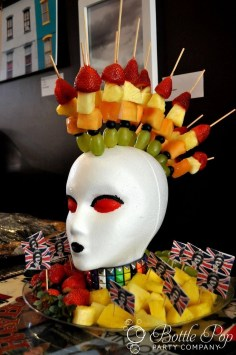 Rustic Halloween Party Decoration Ideas To Try Now 36