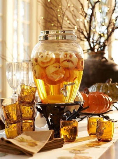 Rustic Halloween Party Decoration Ideas To Try Now 38