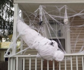 Superb Front Yard Halloween Decoration Ideas To Try Asap 14